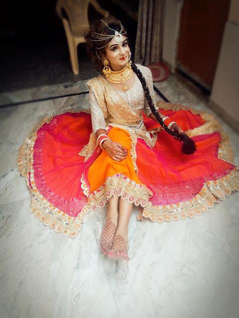 Boy Dressed As A Cute Indian Girl (1.2.18)